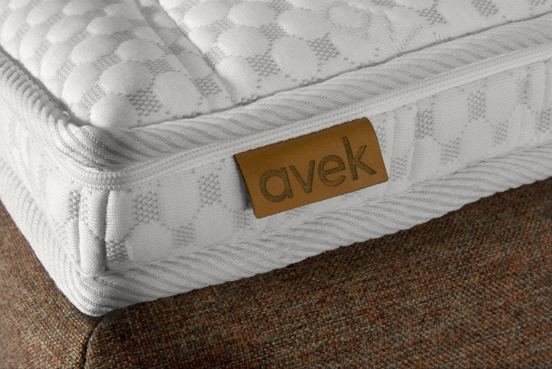 Avek Simmer Boxspring Label